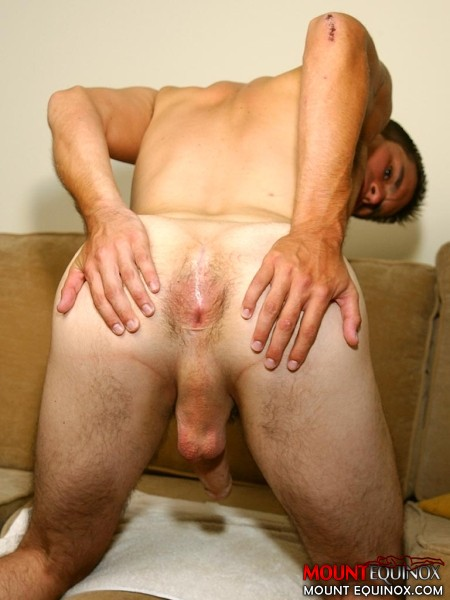 Gay hairy ass free taking a raw load in his 4